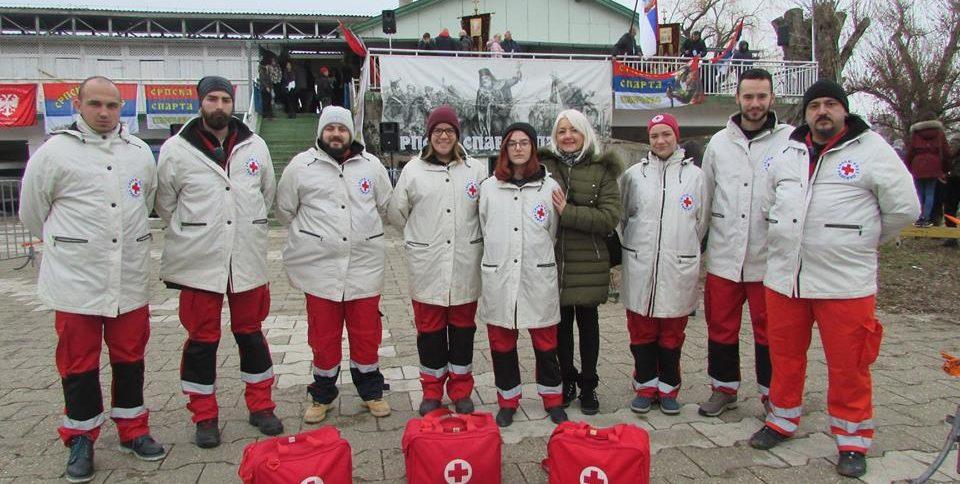Волонтери Црвеног крста Панчево у акцији санинтетског обезбеђивања јавних догађаја